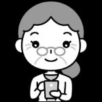 スマホを操作するおばあさん(シニア女性)の白黒(モノクロ)イラスト